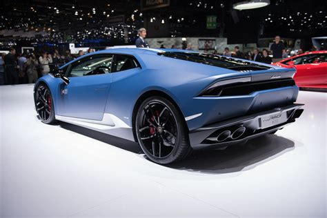 2017 lamborghini huracan spyder to help perform
