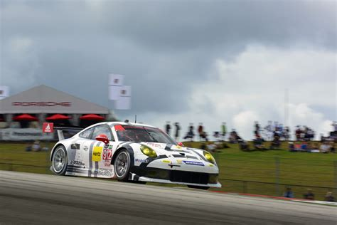 porsche ag the fight for the gtlm title will go to the