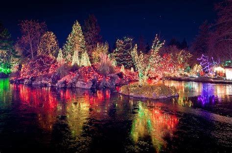 Vandusen Botanical Garden Lights Vancouver S Best Light Displays Karaoke In 1 Tour 2014 Trolley Tour Is Back