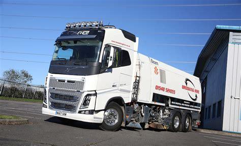 volvo fh rigid brings sweeping change  brooking hire fleet uk haulier