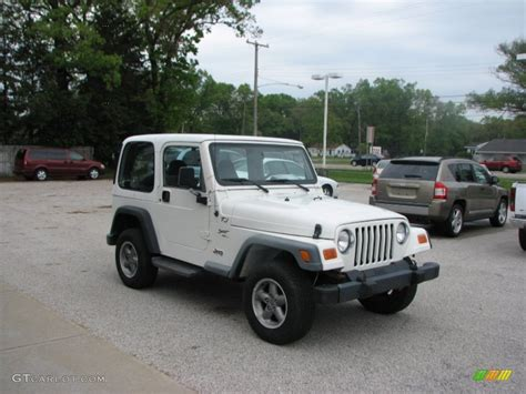 white 2000 jeep wrangler sport 4x4 exterior photo 81555807 gtcarlot