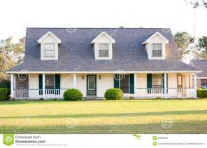 style homes white ranch style american home stock photography image 23635192