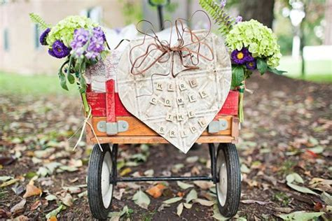 How to Decorate a Red Wagon for a Wedding   Team Wedding
