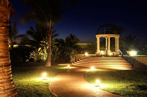 Lighting In Landscape Landscape Lighting Boynton Delray Jupiter Fl