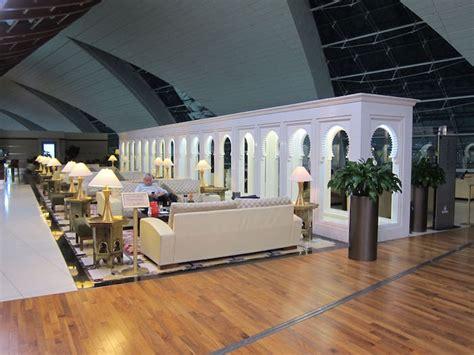 emirates lounge dubai review emirates first class lounge dubai b concourse