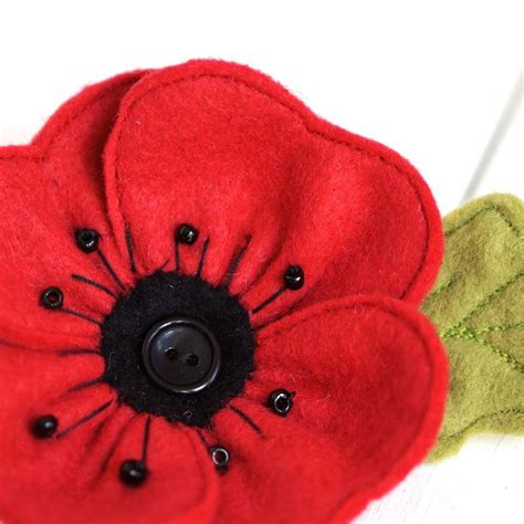 pattern for felt poppy handmade red felt poppy brooch by rosiebull designs