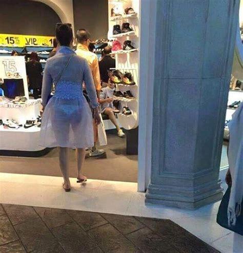 Pakaian Dalam Wanita Transparan pamer payudara wanita ini jadi artis dadakan