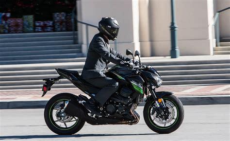 Suzuki Z800 Gentleman S Hooligan Comparo 2016 Kawasaki Z800 Abs Vs