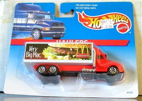 Wheels Truk Hauler Kuning wheels haulers big mac truck on card 65743 ebay
