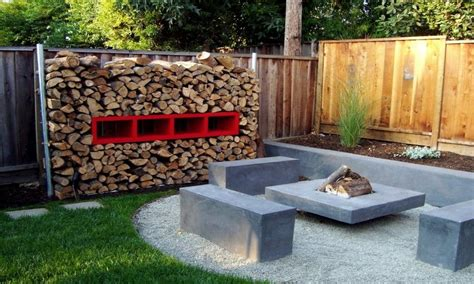 Modern bench, small backyard landscaping fire pit ideas