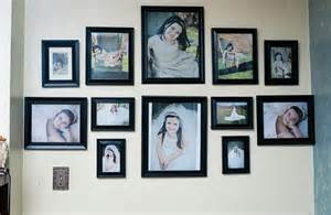 17 hanging pictures on wall ideas and how to hang pictures wall ideas pictures two weeks two dates 27 saprogenic