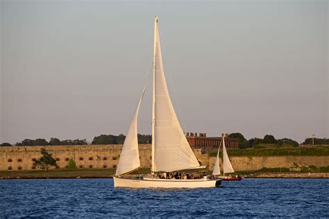 newport boat tours sloop eleanor sail boat tours newport ri