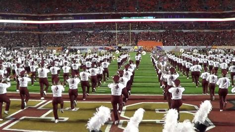 the marching chiefs of florida state the band that never lost a halftime show books 35 great college marching bands great value colleges