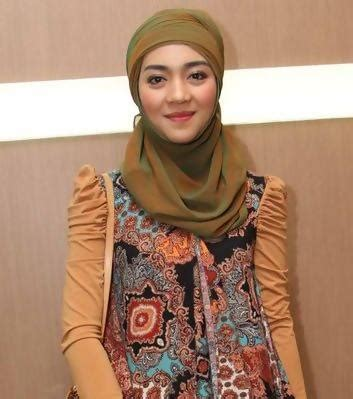 tutorial hijab pengantin nuri maulida tutorial hijab nuri maulida yang anggun