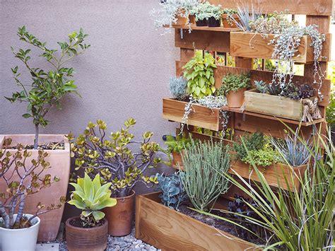 Vertical Garden Planter Boxes Happy Mundane Jonathan Lo 187 Diy Vertical Box Planter Garden