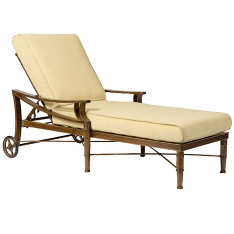 Patio Chaise Lounges by 30 Creative Patio Furniture Lounge Chairs Pixelmari