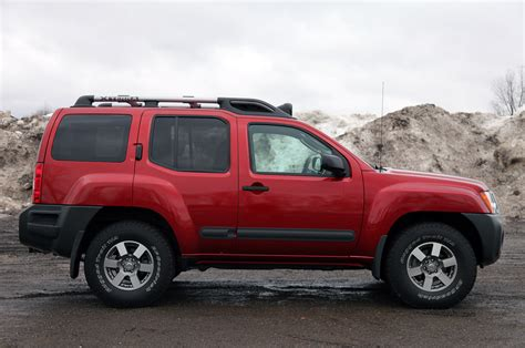 used nissan xterra 2011 nissan xterra pro 4x review photo gallery autoblog