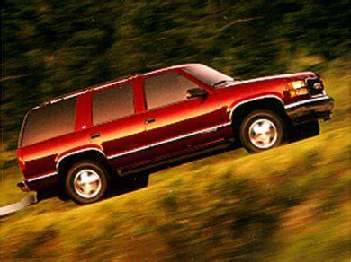 buy car manuals 1998 gmc suburban 2500 electronic throttle control 1998 gmc suburban 2500 specs safety rating mpg carsdirect