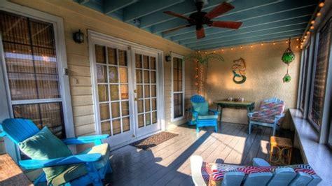 veranda sul balcone quando la veranda sul balcone lede il decoro architettonico