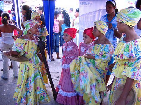 personas de colombia costumbres y tradiciones pueblo costumbres caribe