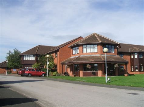 lakeview care home 169 m cc by sa 2 0 geograph
