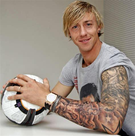 tatuajes de algunos jugadores de futbol parte 2 taringa