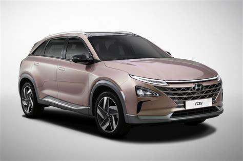hyundai nexo hydrogen suv heading  uk  january  car magazine