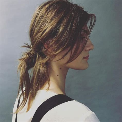 hairstyles for turning 50 1000 ideas about messy ponytail hairstyles on pinterest