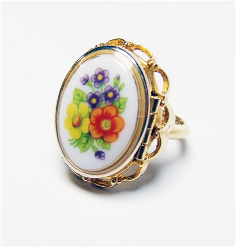 vintage avon locket ring from the floral by