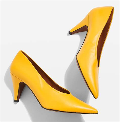 Yellow Wedding Shoes by Yellow Wedding Shoes Wedding Ideas By Colour Chwv