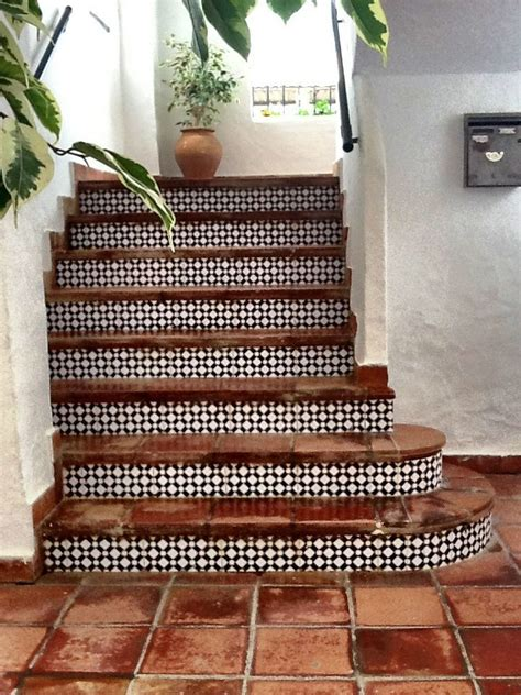 Tiles For Stairs Design 25 Best Ideas About Tiled Staircase On Pinterest Tile Stairs Tile And Style