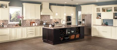 shenandoah cabinetry exclusively  lowes   girls