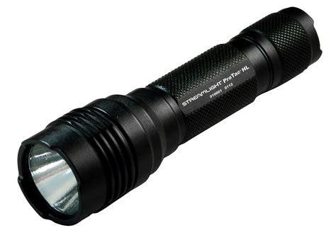 streamlight debuts high lumen light
