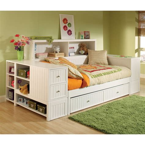 bed with bookshelf hillsdale furniture 1604dbtbd cody bookcase daybed kids