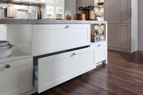 carre fs lacquer traditional style kitchen kitchen