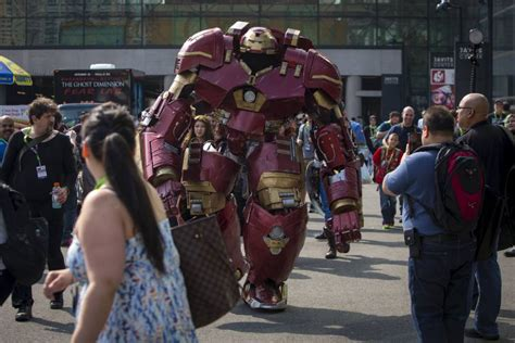 comic cosplay thomas depetrillo hulkbuster