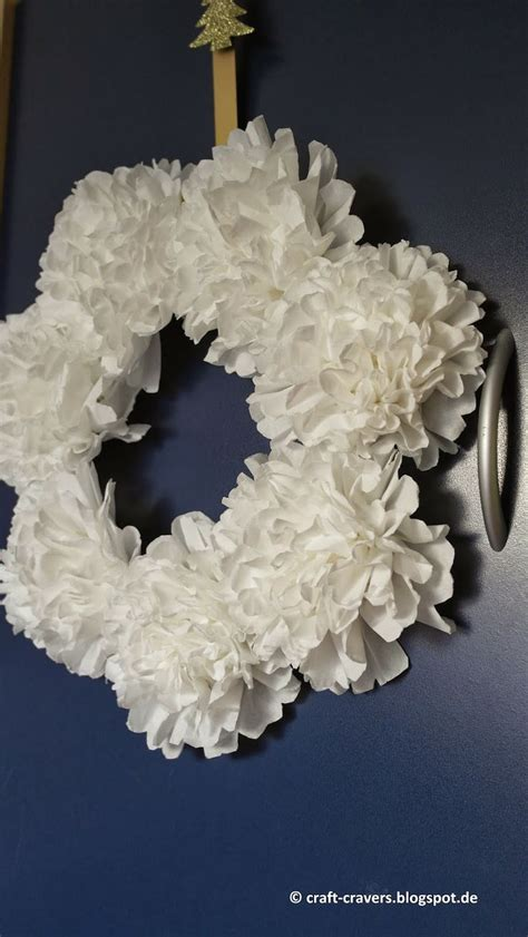 How To Make A Tissue Paper Wreath - 21 best images about tissue paper flowers on