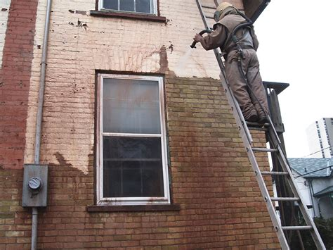Kitchener House Sandblasting   GMW Restoration Services