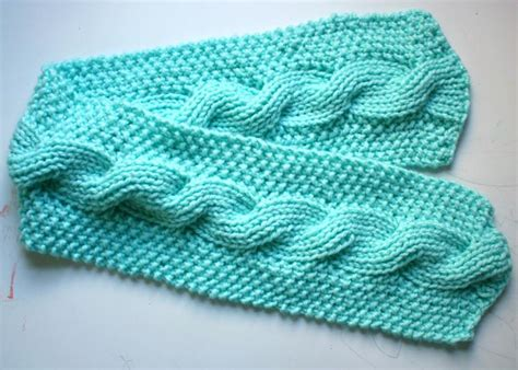 how to knit a cable scarf for beginners free project reversible cable scarf freedesigns