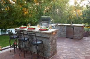 Outdoor bbq kitchen islands spice up backyard designs and