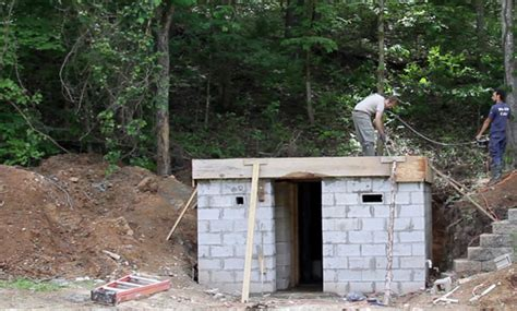 here are a few of our favorite shelter decorating magazines photos of shelter construction diystormshelter com how