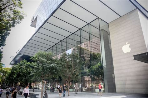 apple x singapore apple opens its first southeast asian store in singapore