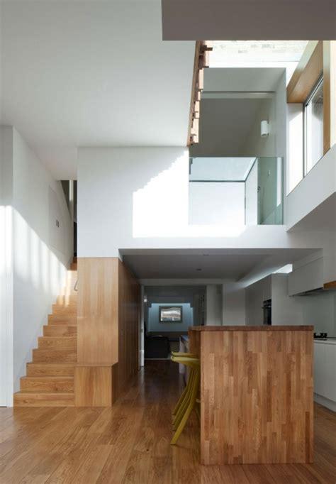 lange schmale kücheninsel innovatives haus design das nachhaltige power house in