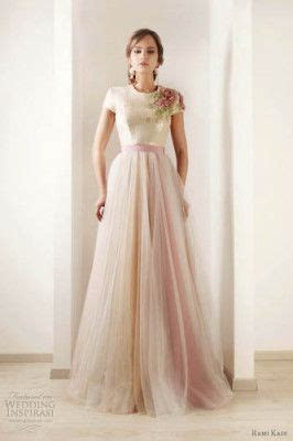7 Lovely Alternatives To Bridesmaids Dresses by Best 25 Wedding Dresses Ideas On