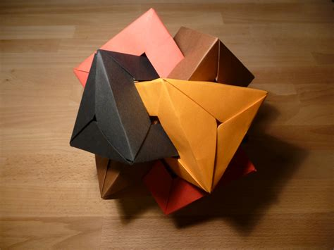 Difficult Origami - origami nut 187 four interlocking triangular prisms