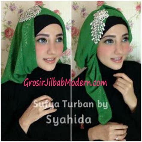 Segi Empat Polos Katun Hijau Kerudung Hijabeauty Umama turban pesta sufya exclusive by syahida hijau grosir jilbab modern jilbab cantik jilbab syari