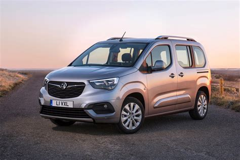 vauxhall combo first official pictures details of 2018 citroen berlingo