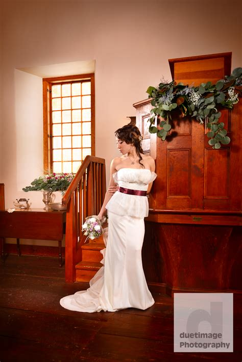 Handmade And More New Paltz - winter bridal session at historic huguenot