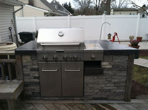 Pour Your Own Concrete Countertops by Concrete Countertop Anyone Pour Their Own The Hull
