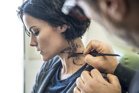 tattoo girl on blind spot tattoo you our exclusive behind the scenes blindspot